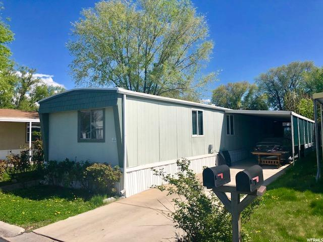 871 W Mount Nebo Dr S, Taylorsville, UT 84123 (#1521823) :: Red Sign Team