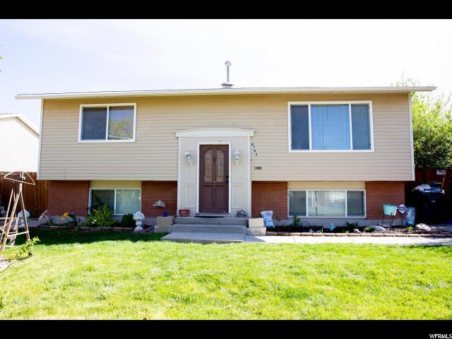 6765 W 4060 S, West Valley City, UT 84128 (#1521947) :: Bustos Real Estate | Keller Williams Utah Realtors