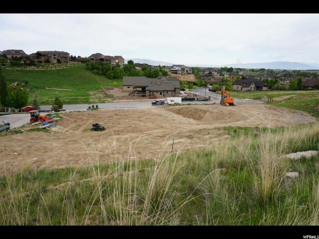 2563 S Hidden Canyon Dr, Mapleton, UT 84664 (#1523666) :: goBE Realty