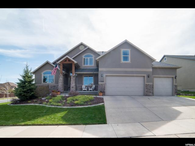 15242 S Eagle Chase Dr, Draper (Ut Cnty), UT 84020 (#1524216) :: The Fields Team