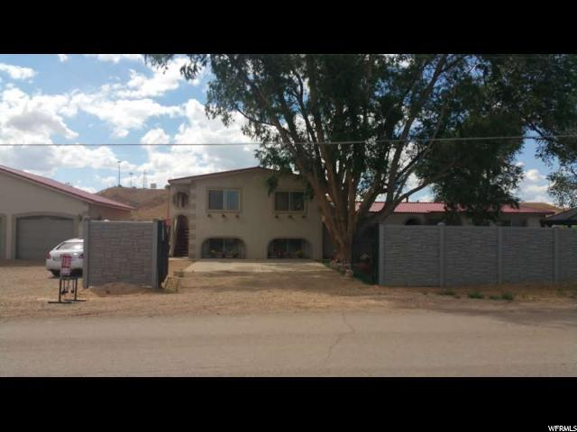 815 N Crescent, Roosevelt, UT 84066 (#1525017) :: Big Key Real Estate