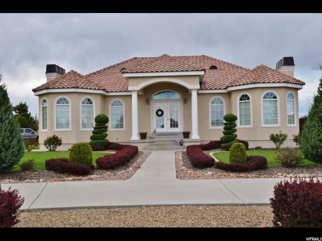 2262 Sego Lily Dr, Wellington, UT 84542 (#1525273) :: Colemere Realty Associates