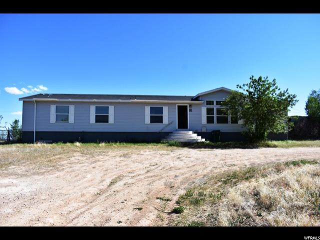 2622 E 3950 S, Vernal, UT 84078 (#1525384) :: goBE Realty