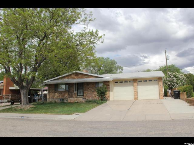 335 S Dewey Ave, Cedar City, UT 84720 (#1525447) :: The Fields Team