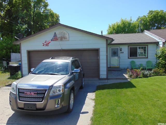 355 N 200 W, Hyrum, UT 84319 (#1525646) :: Big Key Real Estate
