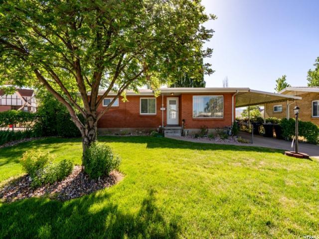 422 Marilyn Dr, Clearfield, UT 84015 (#1526361) :: Bustos Real Estate | Keller Williams Utah Realtors