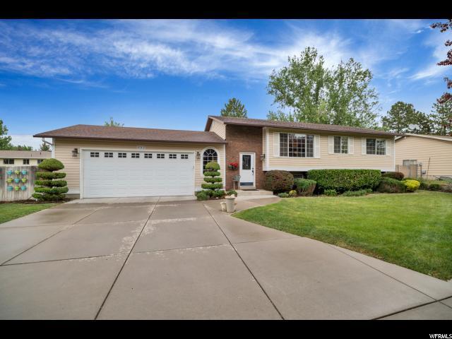 693 W 700 N, Clearfield, UT 84015 (#1526379) :: Bustos Real Estate | Keller Williams Utah Realtors