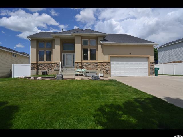 195 E 2450 S, Clearfield, UT 84015 (#1526424) :: Bustos Real Estate | Keller Williams Utah Realtors