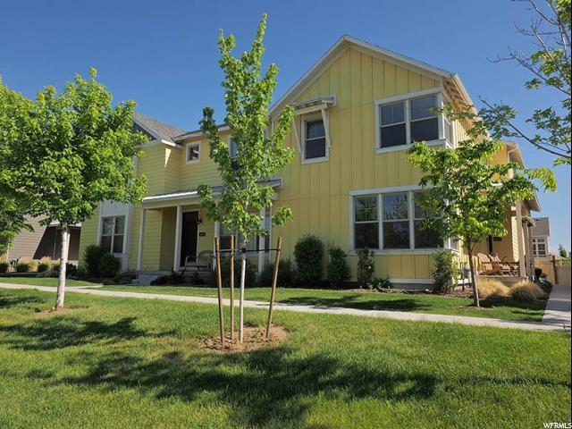 4462 W South Jordan Pkwy, South Jordan, UT 84009 (#1526458) :: Home Rebates Realty