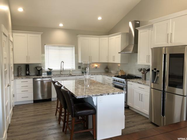 1746 N Maple Cir Cir W, Saratoga Springs, UT 84045 (#1526492) :: KW Utah Realtors Keller Williams