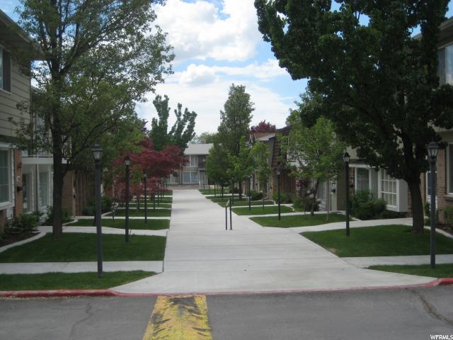 2116 E Georgetown Square C, Salt Lake City, UT 84109 (#1526551) :: KW Utah Realtors Keller Williams