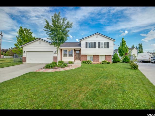 2002 N 1615 W, Clinton, UT 84015 (#1526563) :: Home Rebates Realty