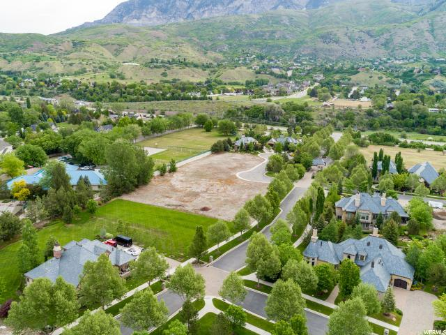 182 Stone Gate Ln, Provo, UT 84604 (#1527151) :: RE/MAX Equity