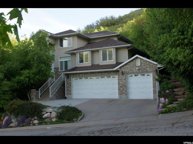 1351 Canyon Creek Dr, Bountiful, UT 84010 (#1527227) :: Bustos Real Estate | Keller Williams Utah Realtors