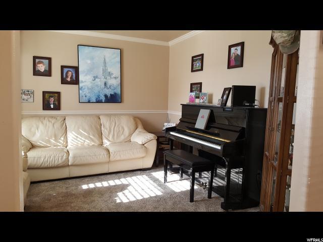 7522 S Park Maple W, West Jordan, UT 84081 (#1527526) :: Colemere Realty Associates