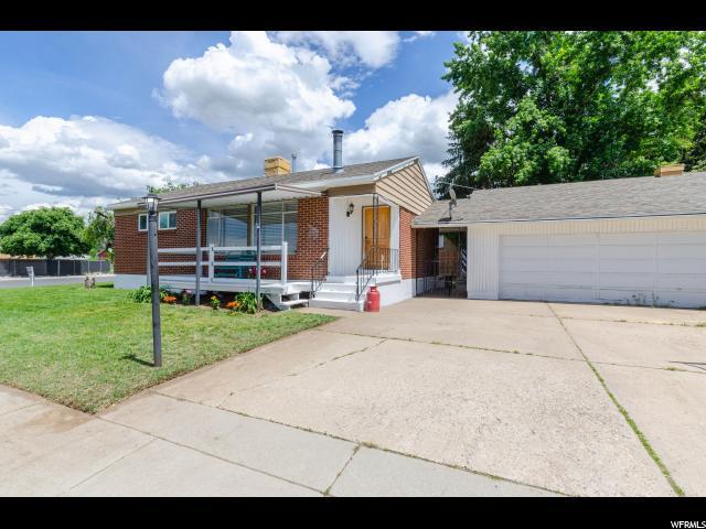 4726 S 275 E, Washington Terrace, UT 84405 (#1527539) :: Bustos Real Estate | Keller Williams Utah Realtors