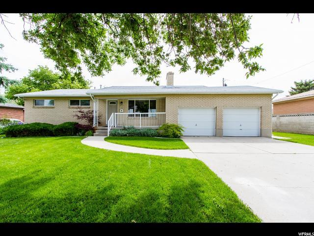 3817 S Sunnyvale Dr W, West Valley City, UT 84120 (#1527721) :: Colemere Realty Associates