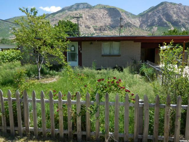 928 N Liberty Ave, Ogden, UT 84404 (#1527868) :: Big Key Real Estate