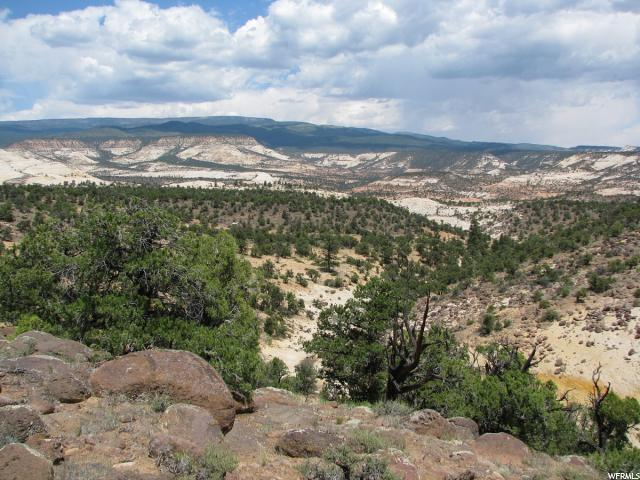1465 E Black Boulder Mesa Rd N, Boulder, UT 84716 (#1528387) :: Bustos Real Estate   Keller Williams Utah Realtors