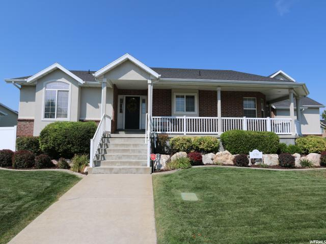974 W 275 S, Layton, UT 84041 (#1528879) :: RE/MAX Equity