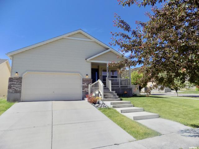 4052 E Chinook St, Eagle Mountain, UT 84005 (#1530218) :: Colemere Realty Associates