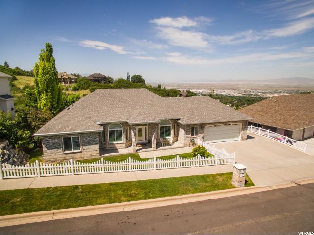 902 E Windsor Ln S, Bountiful, UT 84010 (#1531197) :: The Fields Team