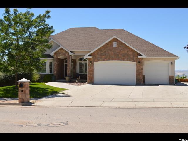 3285 N 1950 E, North Logan, UT 84341 (#1532115) :: Big Key Real Estate