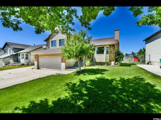 1232 W 1900 S, Woods Cross, UT 84087 (#1532145) :: goBE Realty