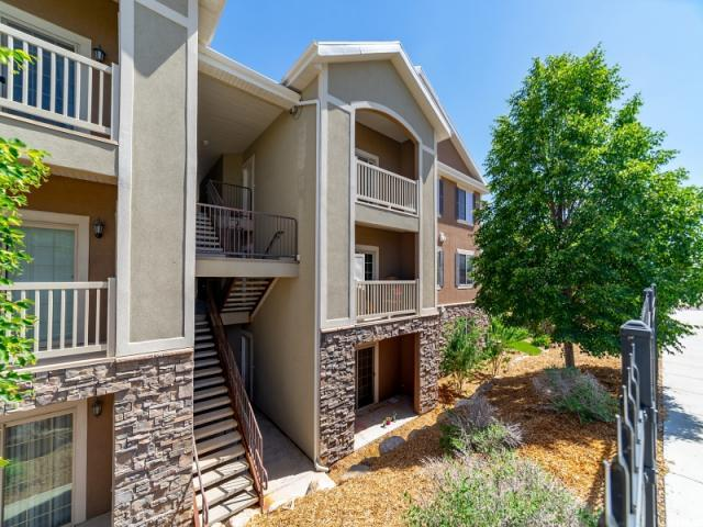 142 W Spring Hill Way N, Saratoga Springs, UT 84045 (#1532369) :: Colemere Realty Associates