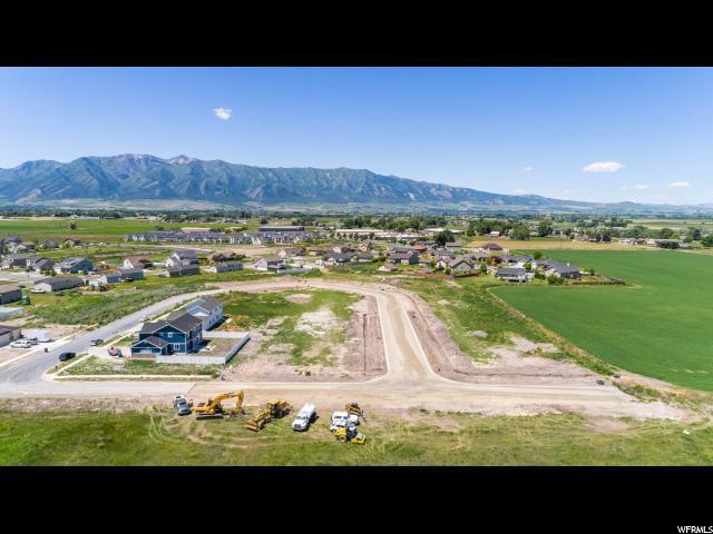 1045 W 2400 S, Nibley, UT 84321 (#1532648) :: Big Key Real Estate