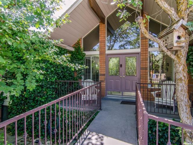 3116 E Danish Ridge Way, Cottonwood Heights, UT 84121 (#1532681) :: RE/MAX Equity