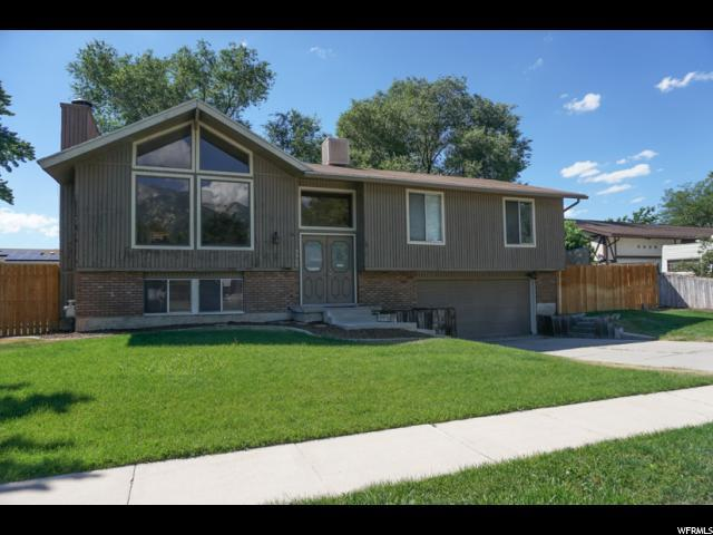 9946 S Countrywood Dr, Sandy, UT 84092 (#1534255) :: RE/MAX Equity