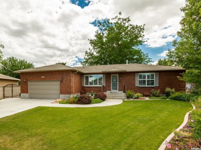 5187 S Danshill Cir, Taylorsville, UT 84129 (#1534337) :: Bustos Real Estate | Keller Williams Utah Realtors