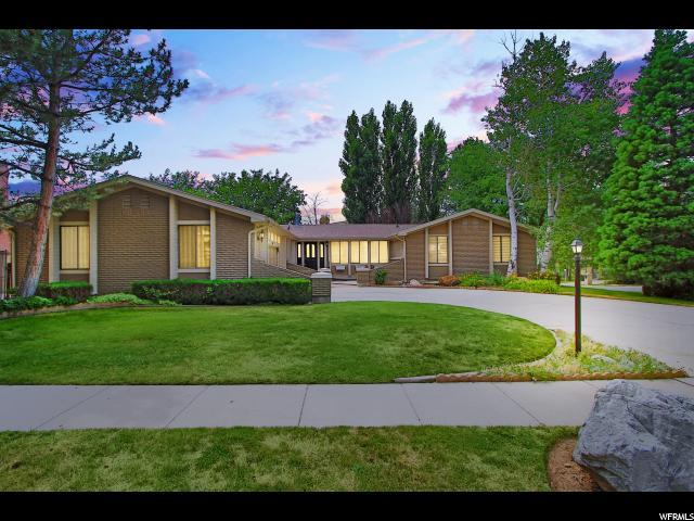 8066 S Top Of The World Dr, Cottonwood Heights, UT 84121 (#1534918) :: Red Sign Team