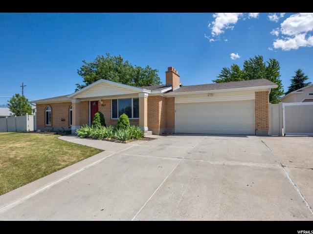 3617 W Thunderbird Way, Salt Lake City, UT 84128 (#1534987) :: Big Key Real Estate
