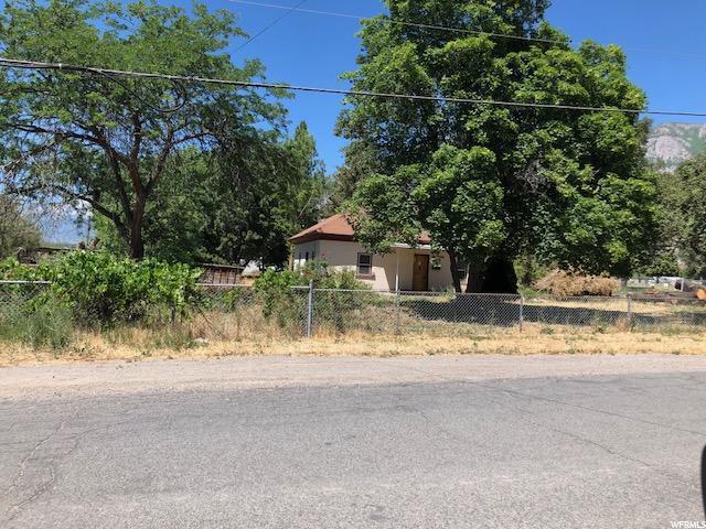 104 W 400 N, Pleasant Grove, UT 84062 (#1535251) :: goBE Realty