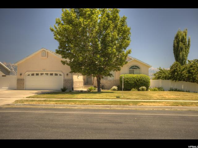 11555 S Country Crossing Rd, South Jordan, UT 84009 (#1535755) :: The Fields Team