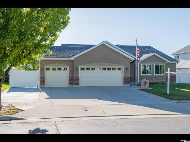 7461 S Village Dell Dr W, West Jordan, UT 84081 (#1535938) :: The Fields Team