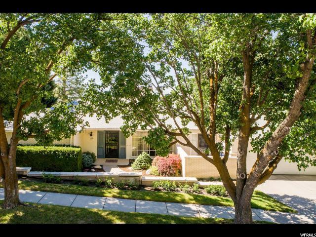 824 E Eighteenth Ave, Salt Lake City, UT 84103 (#1536019) :: Bustos Real Estate   Keller Williams Utah Realtors