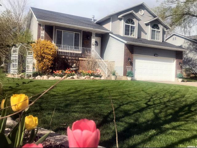 706 E 1900 N, North Ogden, UT 84414 (#1536219) :: The Fields Team