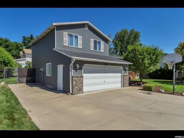 1340 N Plum Tree Dr E, Layton, UT 84040 (#1536483) :: The Fields Team