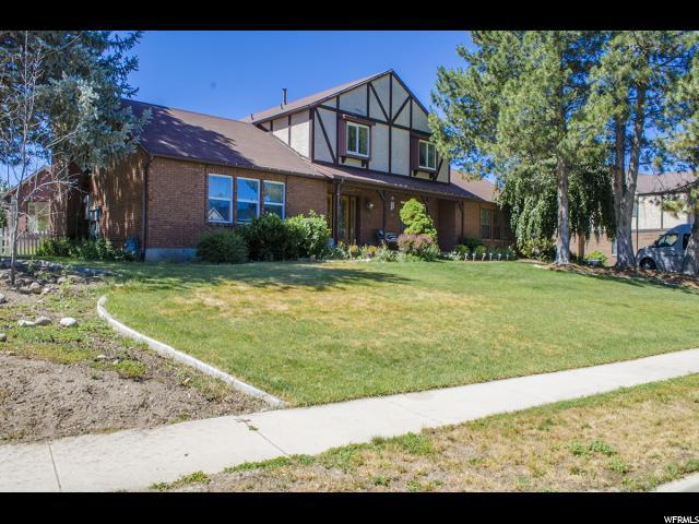 1566 E Chapel Oaks Cir, Sandy, UT 84093 (#1537027) :: Red Sign Team