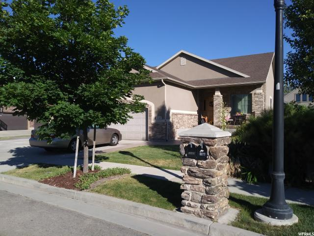 1069 W Pheasant Tail Dr S, Bluffdale, UT 84065 (#1539022) :: Colemere Realty Associates