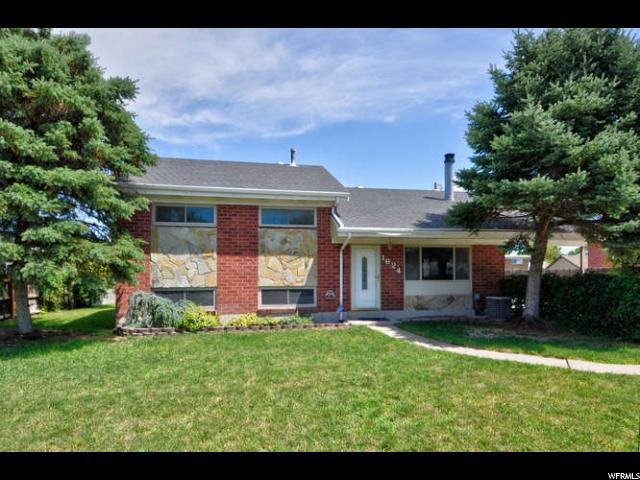 1624 W 4300 S, Taylorsville, UT 84123 (#1539214) :: RE/MAX Equity