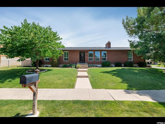 75 W 575 N, Kaysville, UT 84037 (#1539621) :: Keller Williams Legacy