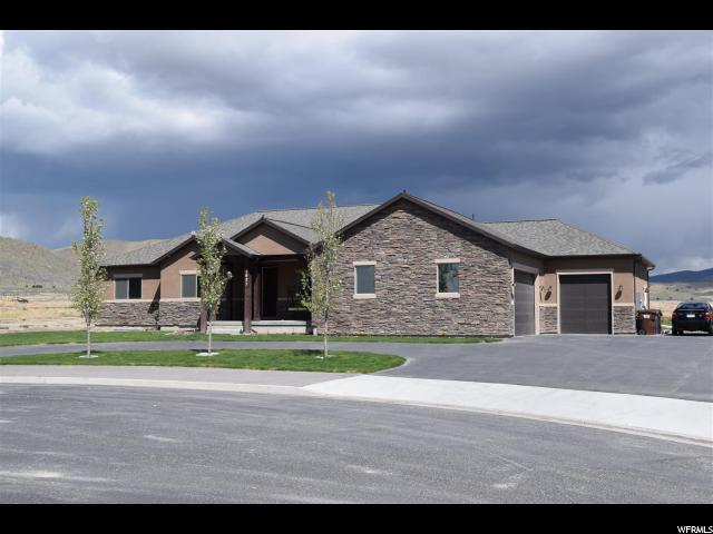 1627 E Lakeview Ln, Eagle Mountain, UT 84005 (#1539795) :: goBE Realty