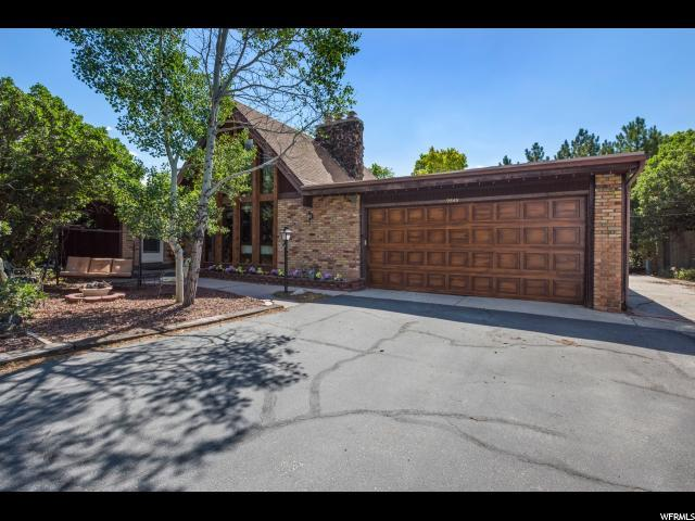 9840 S Bell Oaks Dr E #2, Sandy, UT 84092 (#1539833) :: KW Utah Realtors Keller Williams