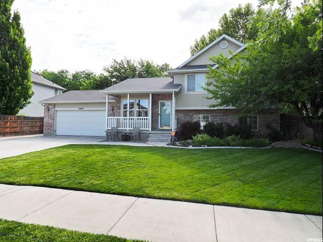 11453 S Raspberry Ct E, Draper, UT 84020 (#1539908) :: Bustos Real Estate | Keller Williams Utah Realtors