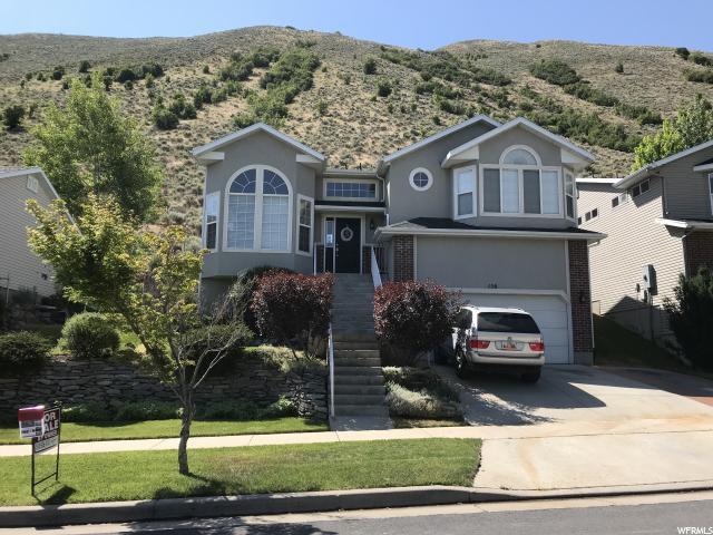 156 E Manila Dr S, Draper, UT 84020 (#1540128) :: Bustos Real Estate | Keller Williams Utah Realtors