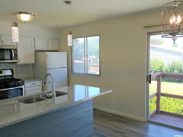 2098 W 7600 S, West Jordan, UT 84084 (#1540369) :: Bustos Real Estate | Keller Williams Utah Realtors